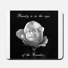 Beauty eyes Mousepad