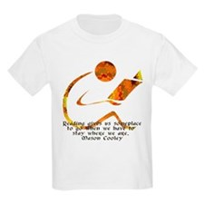 Reader - Golden Quote T-Shirt