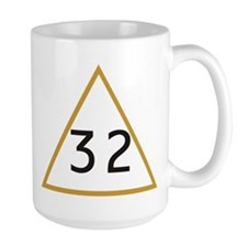 32 in triangle Mug