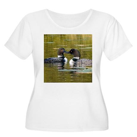 Loon Women's Plus Size Scoop Neck T-Shirt