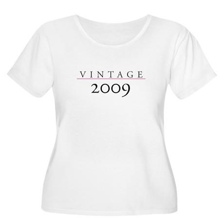 Vintage 2009 Women's Plus Size Scoop Neck T-Shirt