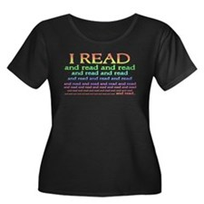 I Read Women's Plus Size Scoop Neck Dark T-Shirt