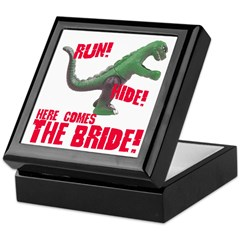Run Hide Here Comes the Bride Keepsake Box