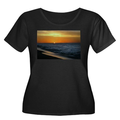 Sunrise 1 Women's Plus Size Scoop Neck Dark T-Shir
