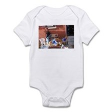 Golden Retrievers for Obama Infant Bodysuit