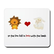 Lion and Lamb - Fell in love Mousepad