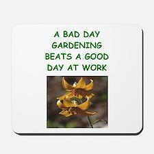 gardening joke Mousepad