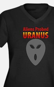 Uranus Women's Plus Size V-Neck Dark T-Shirt