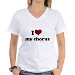 i heart my chorus Women's V-Neck T-Shirt