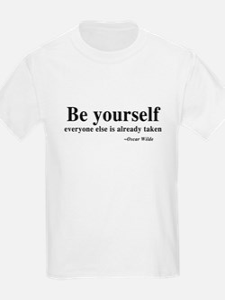 Oscar Wilde - Be Yourself T-Shirt