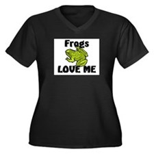 Frogs Love Me Women's Plus Size V-Neck Dark T-Shir