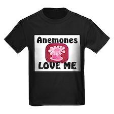Anemones Love Me Kids Dark T-Shirt