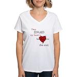 My heart is bleeding love Women's V-Neck T-Shirt
