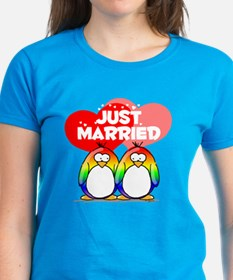 Just Married Rainbow Penguins Tee