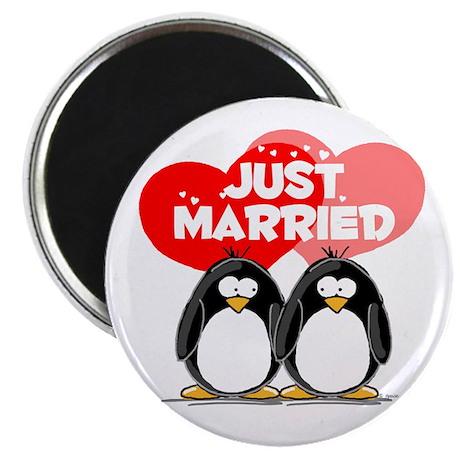 """Just Married Penguins 2.25"""" Magnet (100 pack)"""