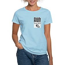 Isaiah 40:31 Run Women's Pink T-Shirt