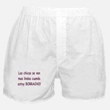 chicas lindas borracho Boxer Shorts