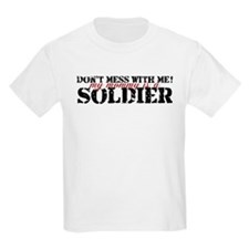 dontmessmommy_army T-Shirt