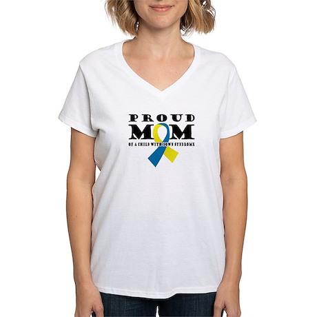 DS Proud Mom Women's V-Neck T-Shirt
