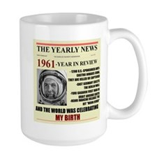 born in 1961 birthday gift Mug