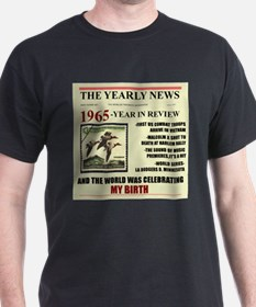 born in 1965 birthday gift T-Shirt