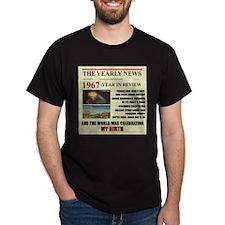born in 1967 birthday gift T-Shirt