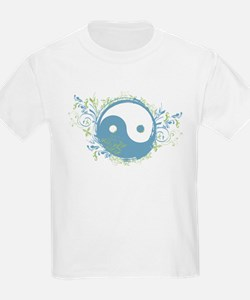 Pretty Yin-Yang Symbol : Blue/Green T-Shirt