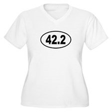 42.2 Womes Plus-Size V-Neck T-Shirt