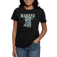 Marine Mom Combat Boots N Dog Tags Tee