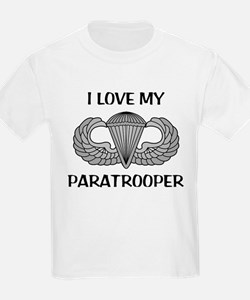 I love my paratrooper - jump wings Kids T-Shirt