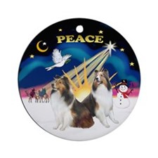 Xmassunrise(p)-2 Shelties Ornament (round)