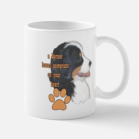 Berner pawprints Mug