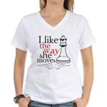 I Like The Way She Moves Women's V-Neck T-Shirt
