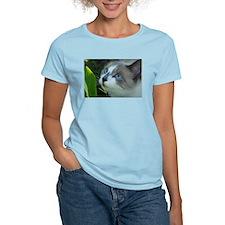 Unique Snowshoe cat T-Shirt