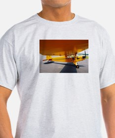 Piper Cub From the Side Ash Grey T-Shirt