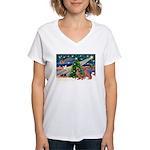 XmasMagic/2 Weimaraners Women's V-Neck T-Shirt