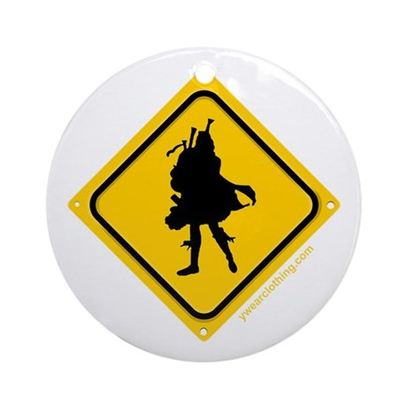 Bagpipe Player Crossing Ornament (Round)