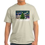 Xmas Magic & Siberian Husky Light T-Shirt