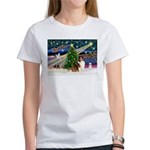 XmasMagic/Sheltie (7R) Women's T-Shirt