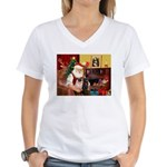 Santa's Two Pugs (P1) Women's V-Neck T-Shirt
