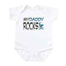 my daddy rocks! (blue) Onesie