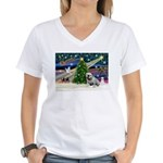 Xmas Magic & Bulldog Women's V-Neck T-Shirt