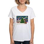 Xmas Magic & Border T Women's V-Neck T-Shirt