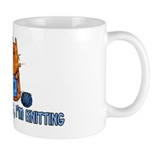 if i'm sitting, i'm knitting Mug