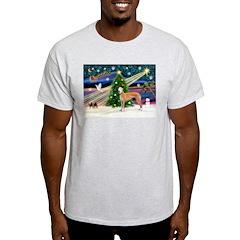XmasMagic/Greyhound (rd) T-Shirt