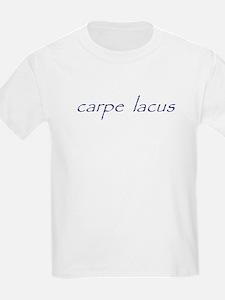 carpe lacus - NAVY Kids T-Shirt