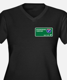 Woodworking Territory Women's Plus Size V-Neck Dar