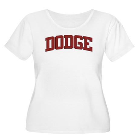 DODGE Design Women's Plus Size Scoop Neck T-Shirt