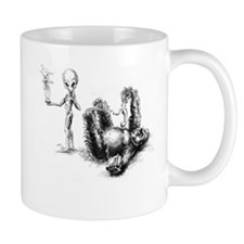 Alien and Gorilla, communicat Mug