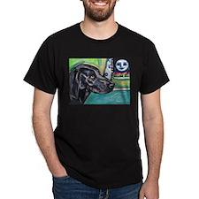 Weimaraner moon T-Shirt